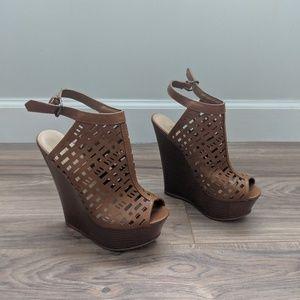 Shoes - Platform Wedge Peep Toe Bootiesz7.5